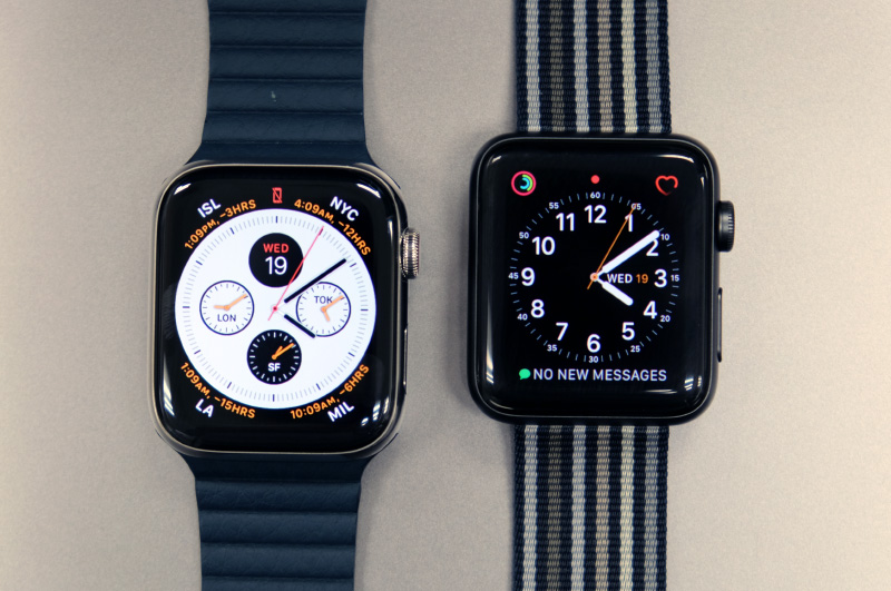 "Because the display stretches more towards the edges of the case, the proportions of the Apple Watch Series 4 seem more ""right"" to me. (Apple Watch Series 4 on the left, Series 3 on the right.)"
