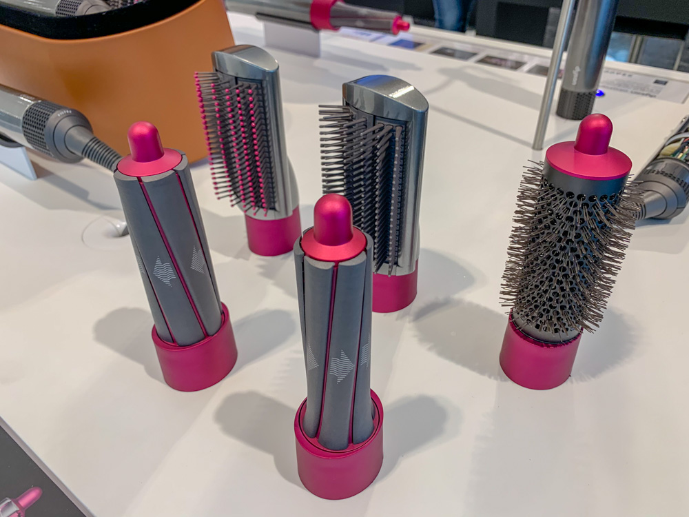 The Dyson Airwrap styler comes with various brushes. Which brushes you get depend on which of the three boxes you buy.