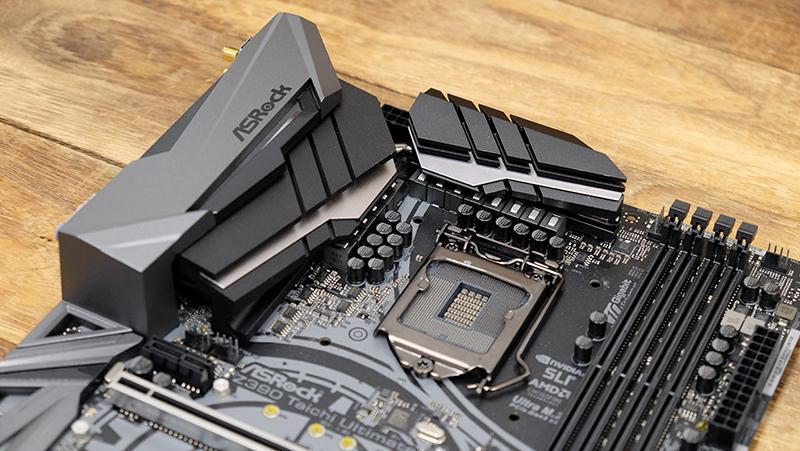ASRock Z390 Taichi Ultimate : Intel Z390 motherboard