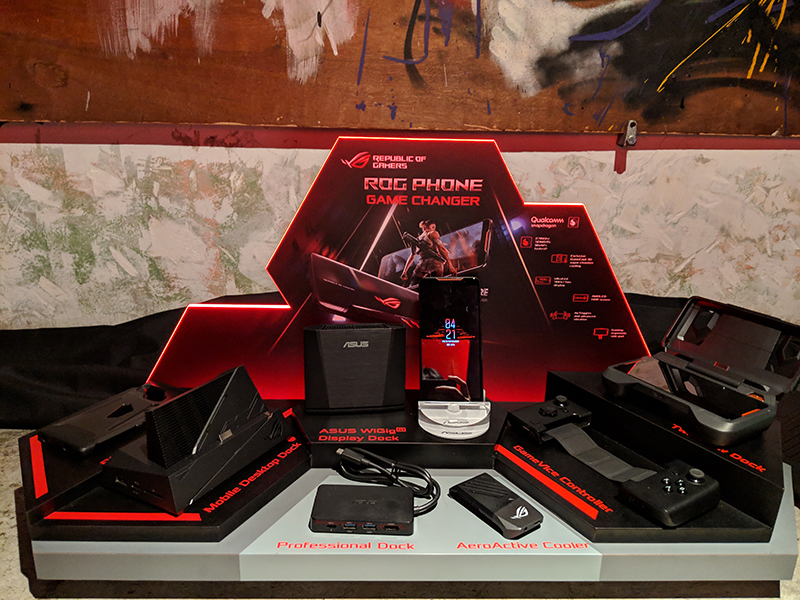 Here's an overview of the complete set of accessories you can get with the ROG Phone.