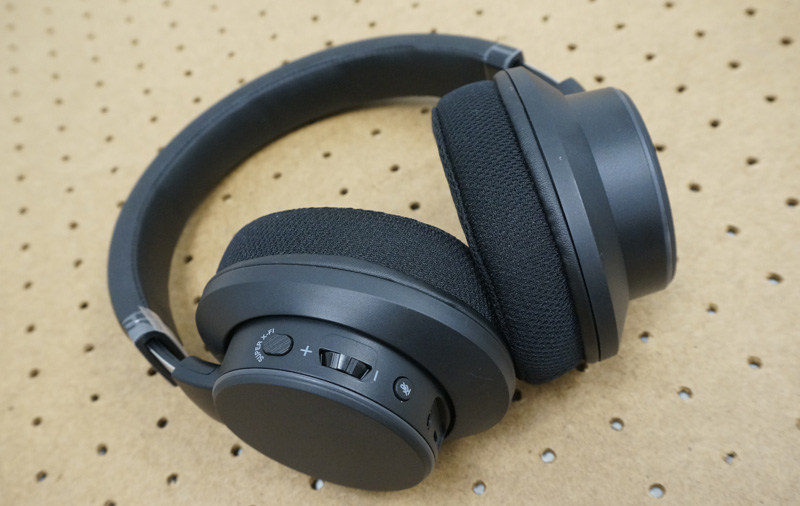 First looks at Creative's SXFI-enabled Air C headphones