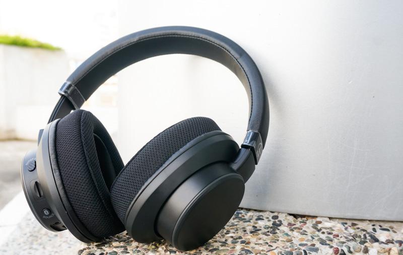 e88a046ec12 Creative SXFI Air headphones reviewed: Wireless magic ...