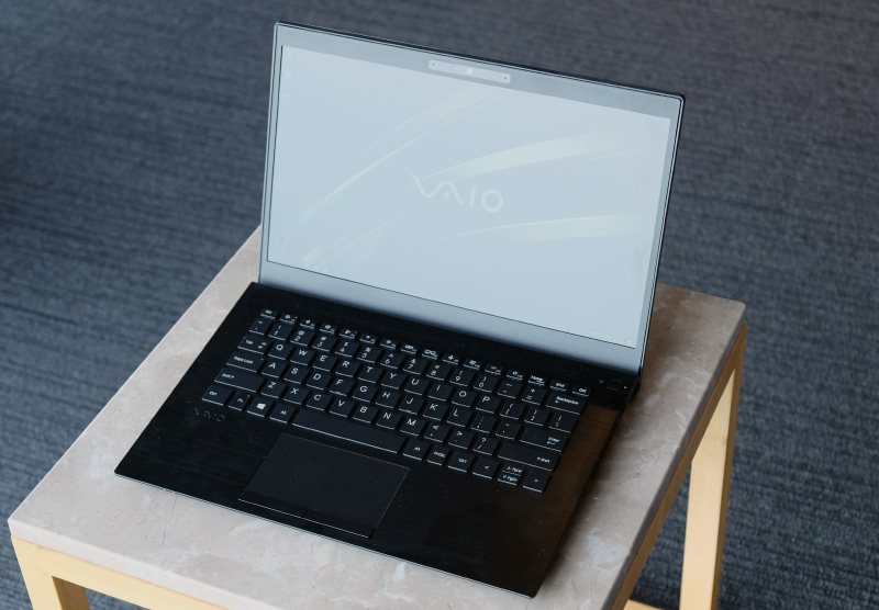 The Vaio SE14 is targeted at mainstream users, is powered by the latest Whiskey Lake processors, and has an attractive price.