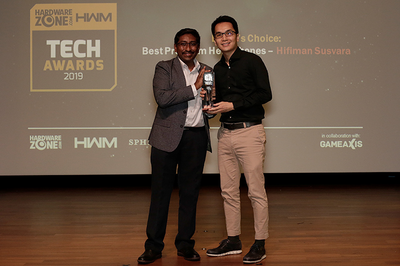 The Hifiman Susvara wins our Editor's Choice for Best Premium Headphones. Here's Mr. Kar Wei Goh, Director & Head of Business Development from Eng Siang International, accepting the award for Hifiman.