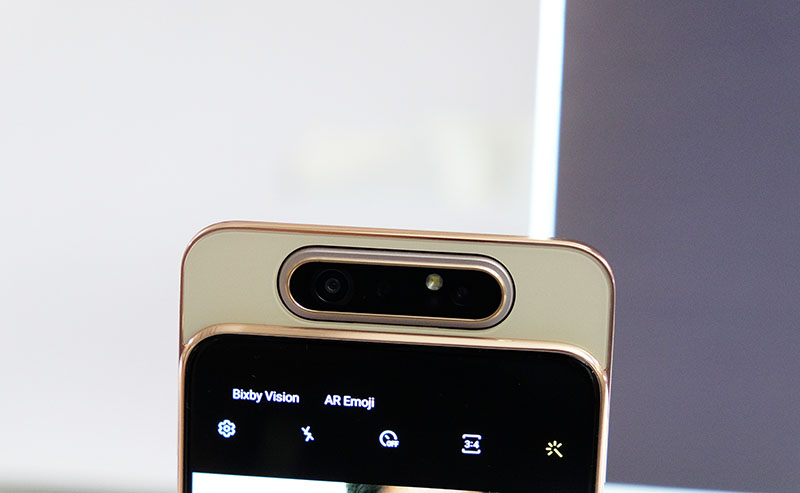 Samsung Galaxy A80 hands-on: Samsung's first pop-up camera, full