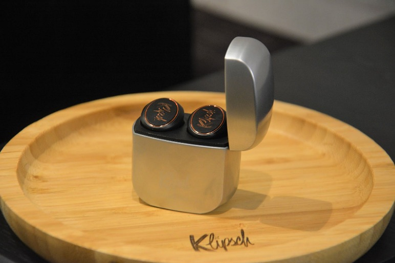 Klipsch S New T5 Earbuds Joins The True Wireless Fray And We Go Ears On Hardwarezone Com Sg