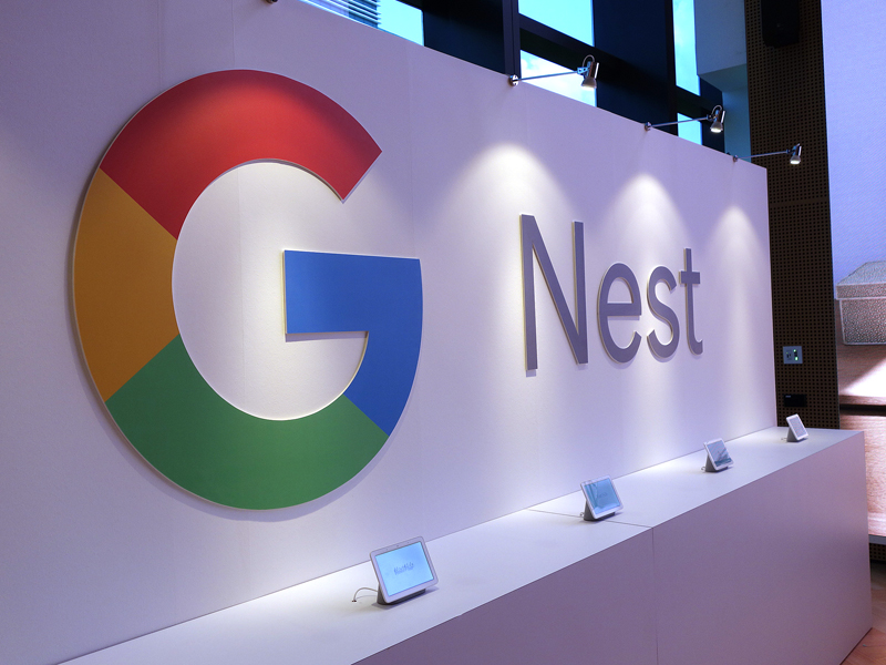 Google Nest Hub At A Glance Your Very Own Smart Home