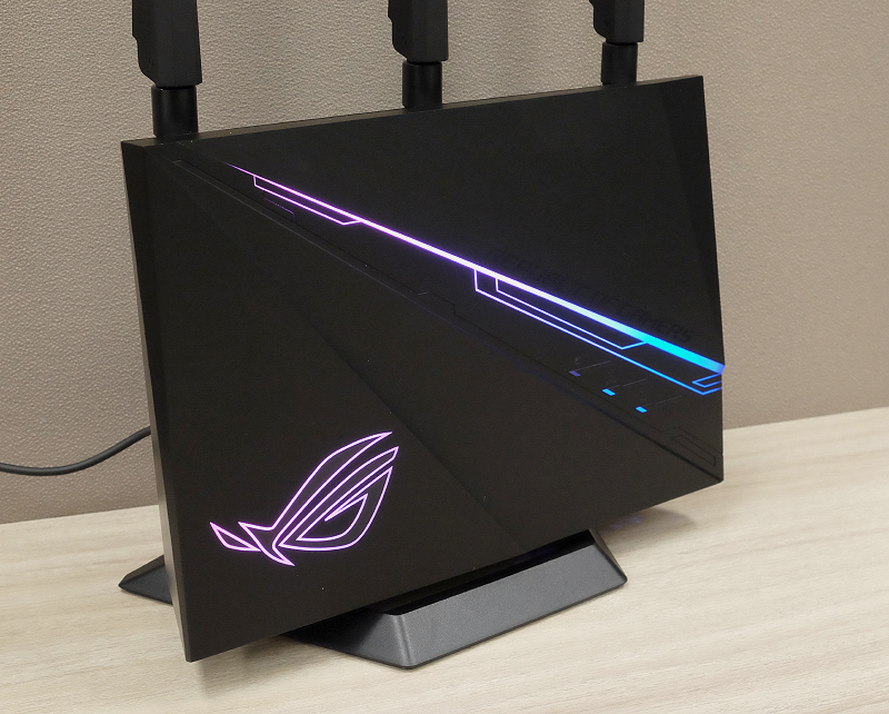 If you like RGB lighting in your gear, you'll love the ROG Rapture GT-AC2900.