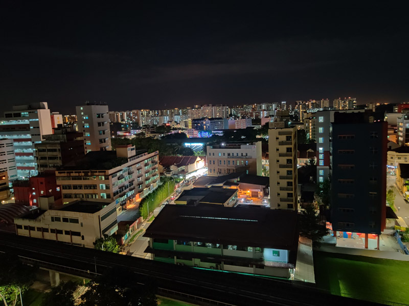 OnePlus 7 Pro - 1.0x camera, Nightscape 2.0 (Click for full res image)