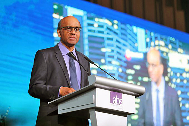 Senior Minister Tharman Shanmugaratnam said the new digital bank licences mark the next chapter in Singapore's banking liberalisation journey. He was addressing the Association of Banks' annual dinner. Image source: Gin Tay, The Business Times