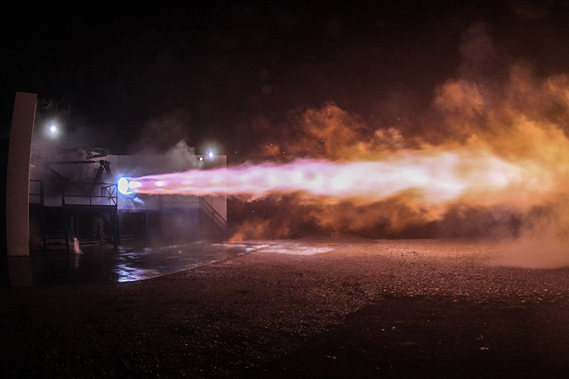 Test-firing of the Raptor engine. (Image Source: SpaceX)