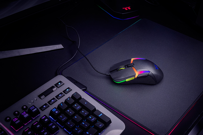 Thermaltake's Level 20 gaming mouse will work with Razer's