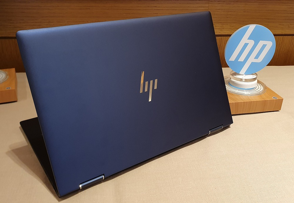 Meet the new HP Elite Dragonfly - a corporate class ultrabook beast for the new age.