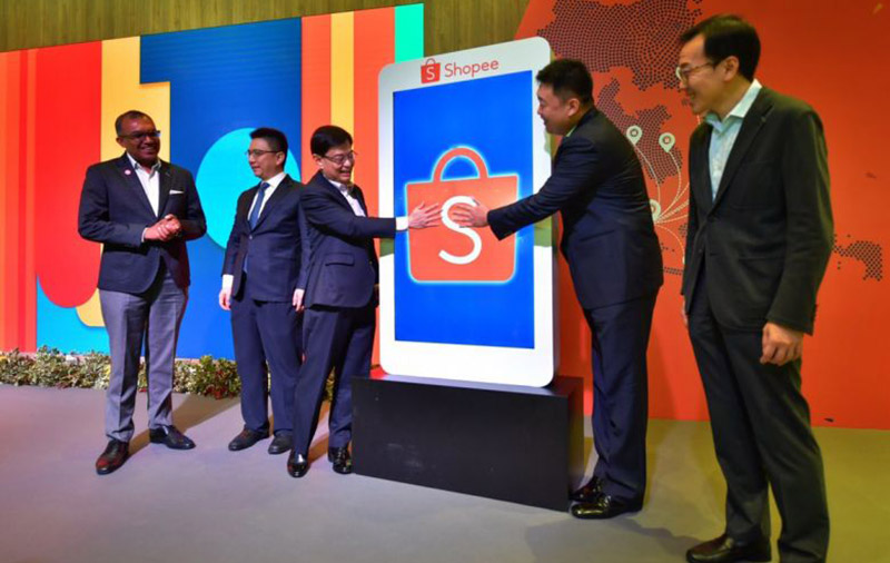 Deputy Prime Minister Heng Swee Keat (third from left) said Shopee's growth is aligned with Singapore's plans for growing the economy and positioning itself as a hub for the region to harness the potential of the growing digital economy. (ST PHOTO: NG SOR LUAN)