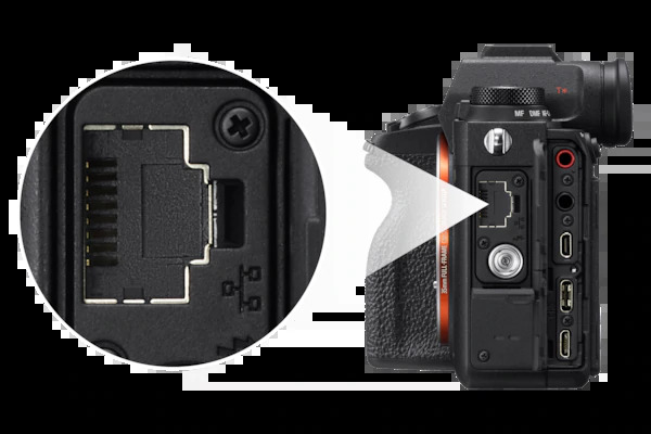 The A9 II has faster direct transfer with the 1000BASE-T terminal.
