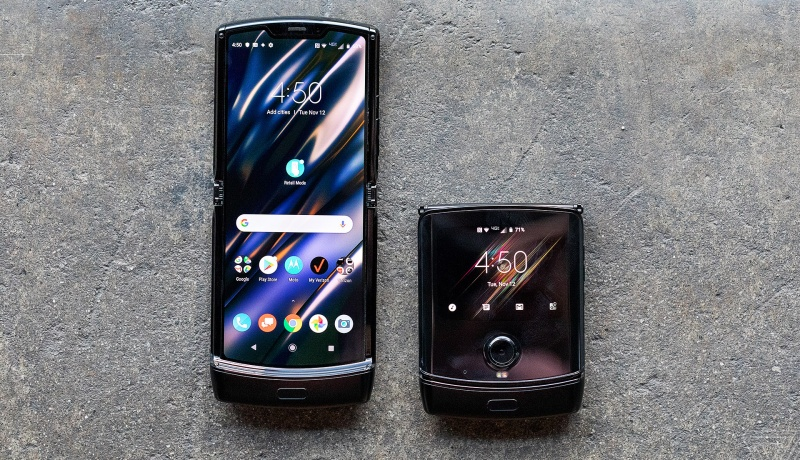 The 2019 Motorola Razr. <br>Image source: The Verge.