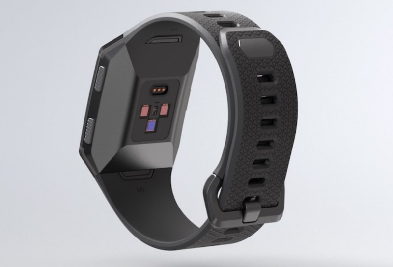 The Fitbit Ionic is one of the several fitness trackers with a Sp02 sensor.