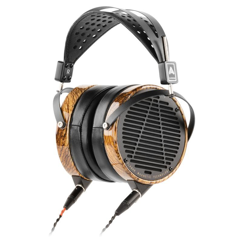 I just love the way the LCD-3 sounds.