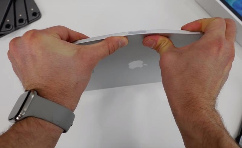 "Screenshot taken from EverythingApplePro's YouTube video ""2020 iPad Pro Bend Test & Teardown! Still Bend?"""
