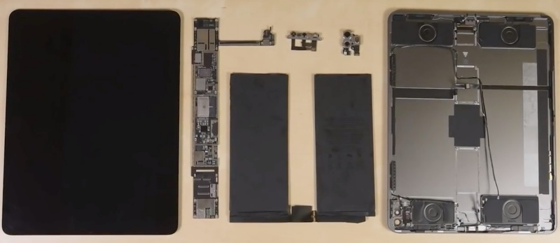 """The internals of the Apple iPad Pro (2020). <br>Screenshot taken from iFixit's YouTube video """"12.9"""" iPad Pro 2020 Teardown: What does the LiDAR scanner look like?"""""""
