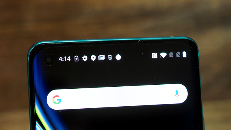 And the same goes for the OnePlus 8 and its front-facing hole-punch camera.