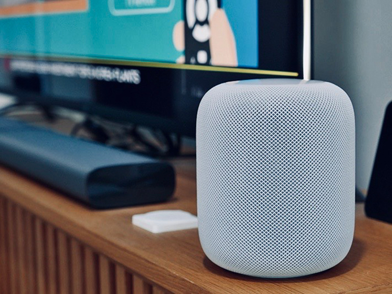The HomePod has improved quite a bit since I last reviewed it. We don't have a helper, so Siri has been the one singing to us (Apple Music, to be precise), managing our home appliances, and reminding us to finish our tasks during this trying time. If only it can cook.
