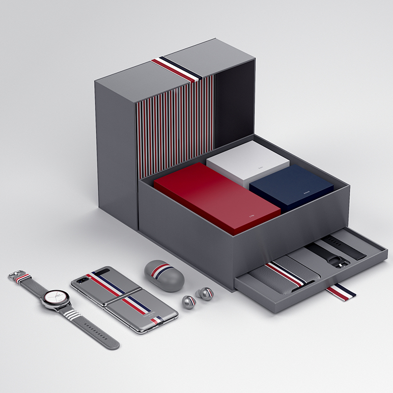 All contents of the Galaxy Z Flip Thom Browne Edition.