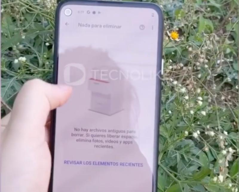 Purported Google Pixel 4a seen in a hands-on video. Screenshot taken from TechnoLike Plus.