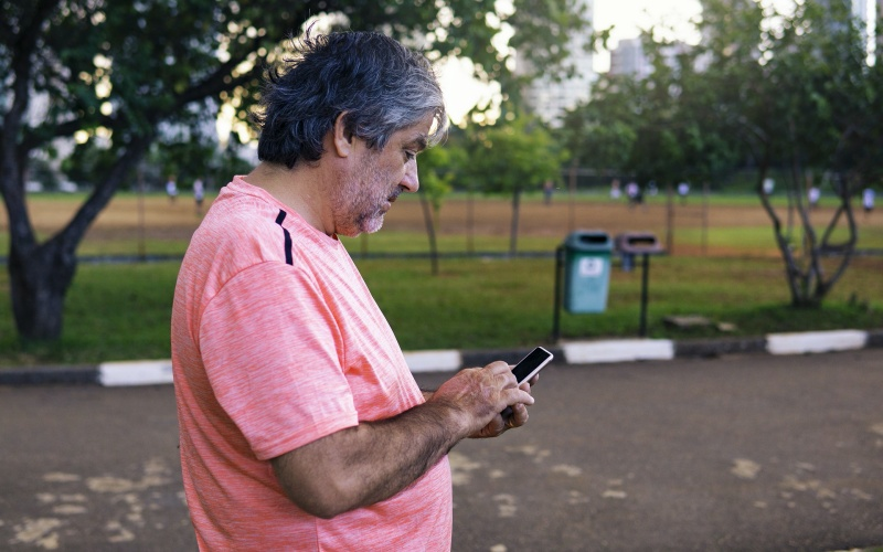 Some of the elderly are being left behind digitally