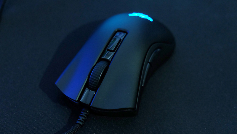 The mouse uses Razer's own optical switches.