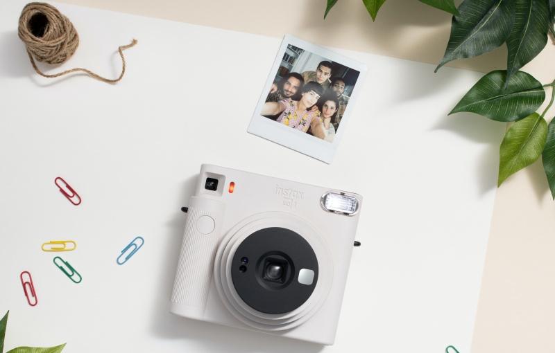 The SQ1 is minimalist in design. Image courtesy of Fujifilm.