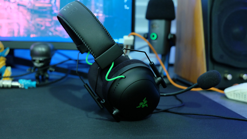 The ear cup adjustments could use a little more precision.