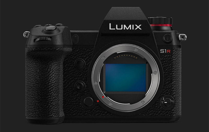 Lumix DC-S1R. (Image: Panasonic.)