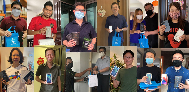 StarHub customers who pre-ordered the latest iPhone 12 models received their purchases on their doorstep. Source: StarHub.