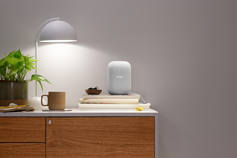The Nest Audio looks effortlessly beautiful in curated press photos. (Image: Google)