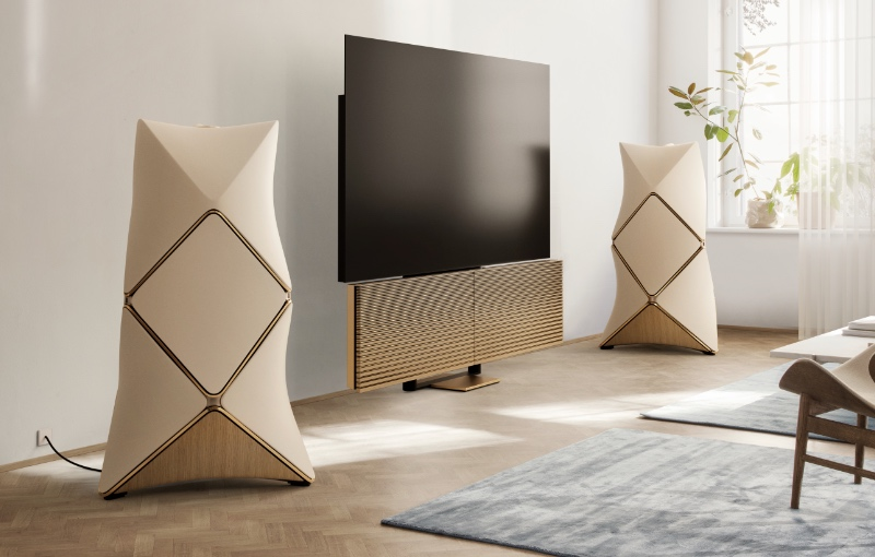 Beovision Harmony and Beolab 90 in gold. (Image source: Bang & Olufsen)