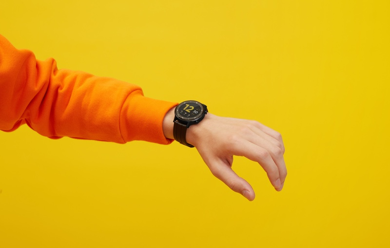 Realme has gone with a circular watch face this time. Image courtesy of Realme.