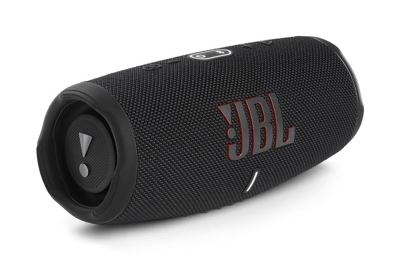 JBL Charge 5.