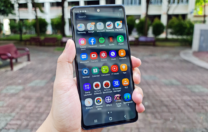 The Samsung Galaxy S20 FE.