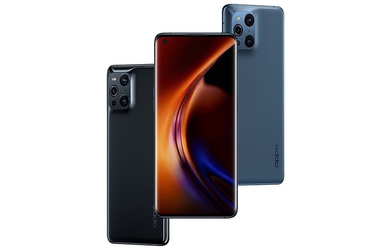 Oppo Find X3 Pro in Gloss Black (left) and Blue (right).
