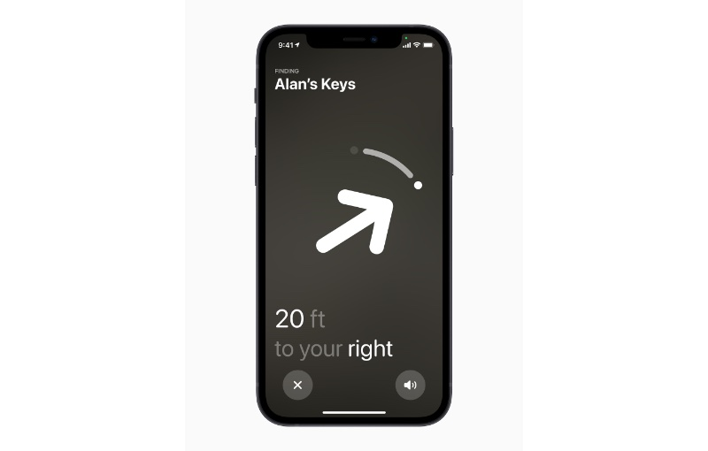 AirTag instructions can also be verbal to help the vision-impaired. Image courtesy of Apple.