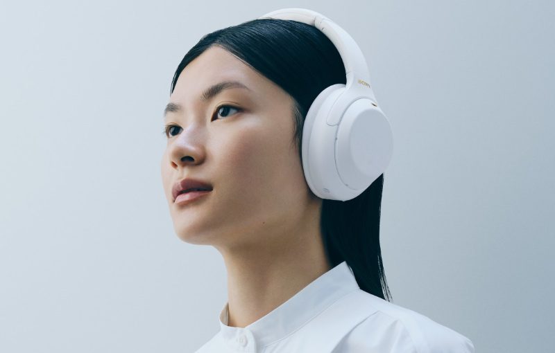 Sony WH-1000XM4 Silent White (Image source: Sony)