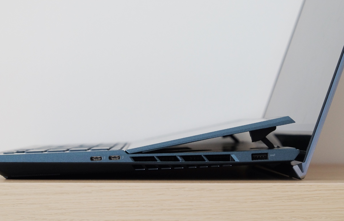 Look at how high secondary screen tilts. The two USB-C Thunderbolt 3 ports and single USB-A port are located on the right.
