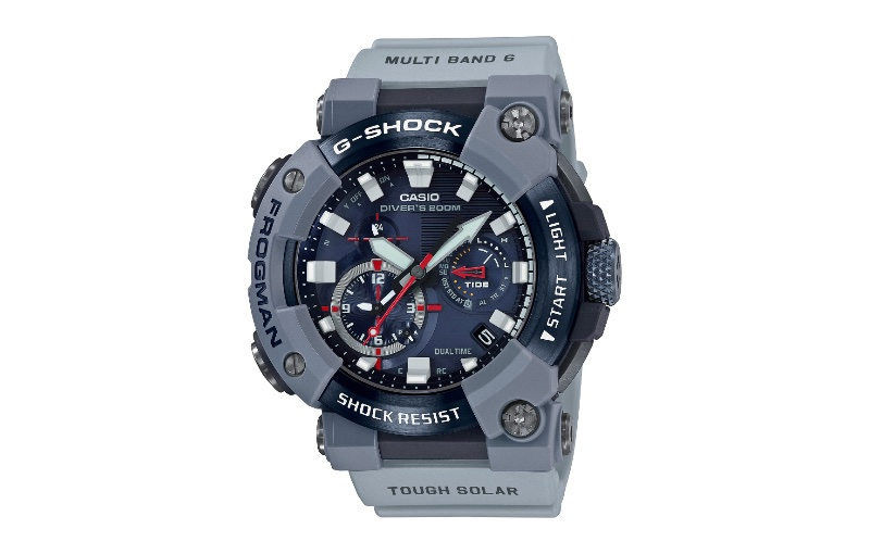 Divers can track the length of their dive and tide levels as well. Image courtesy of Casio.