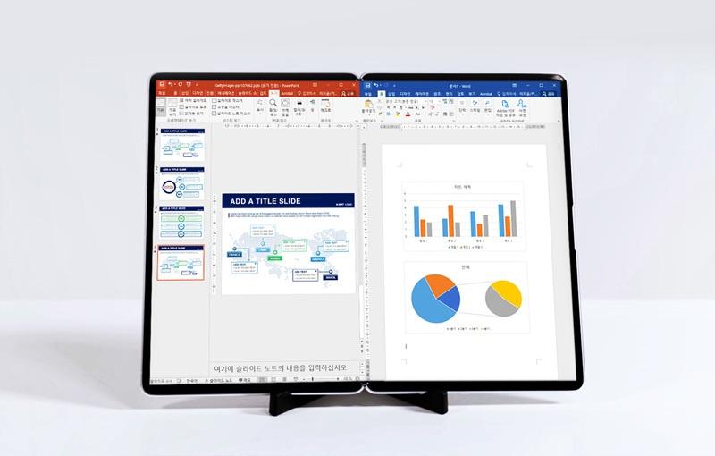 Samsung's 17-inch foldable display. <br>Image source: Samsung Display