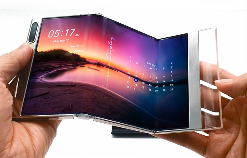 Samsung's new foldable display can fold at two points. <br>Image source: Samsung Display