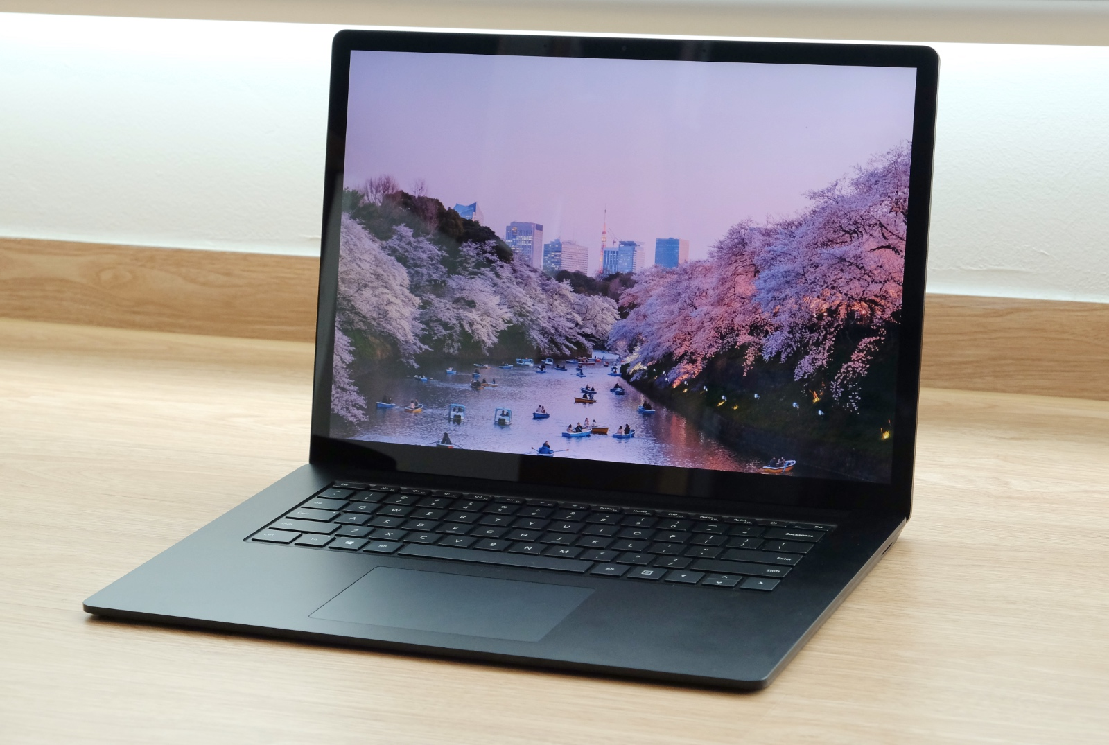 The Microsoft Surface Laptop 4 looks just like its predecessor.