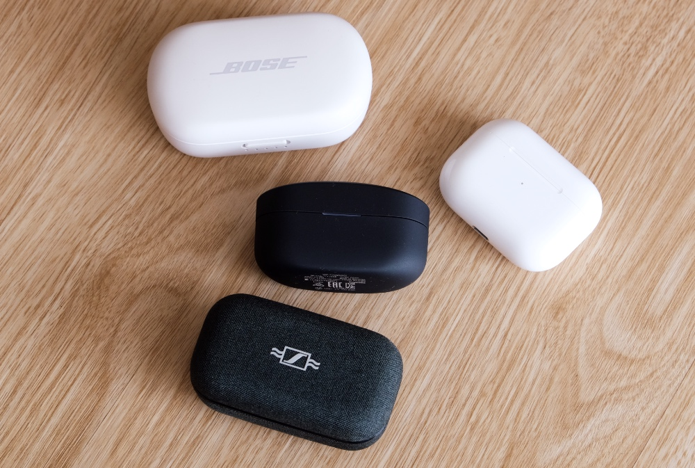 A comparison of charging cases. Only the AirPods Pro's charging case is smaller.