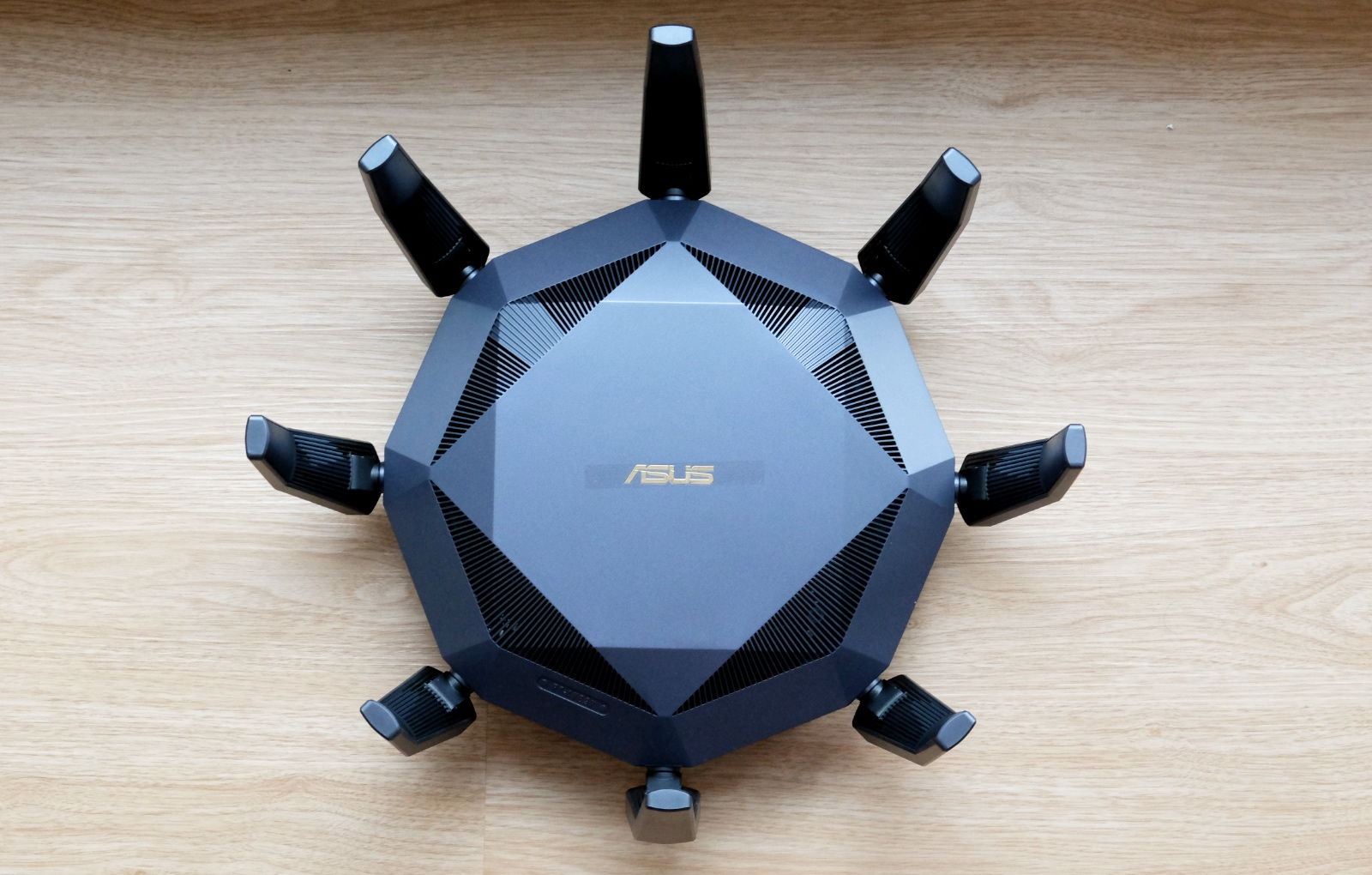 With its large antennas, the ASUS RT-AX89X is a super conspicuous router.