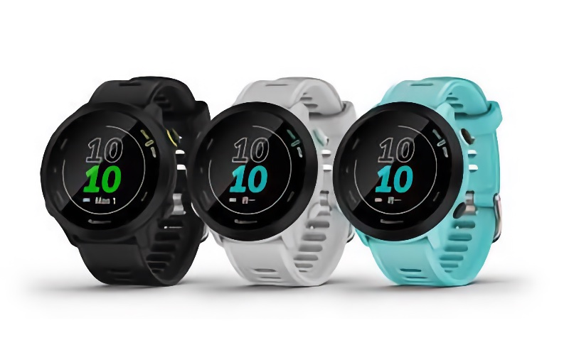 The Forerunner 55 comes in three colours. Image courtesy of Garmin.